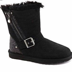 UGG Blaise Boot *taking offers